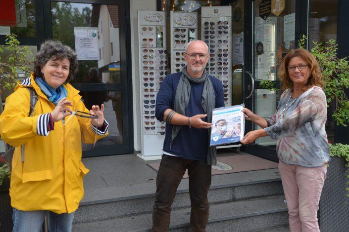 hallbergmoos-maskenuebergabe-geppert-mooskurier-13-2020