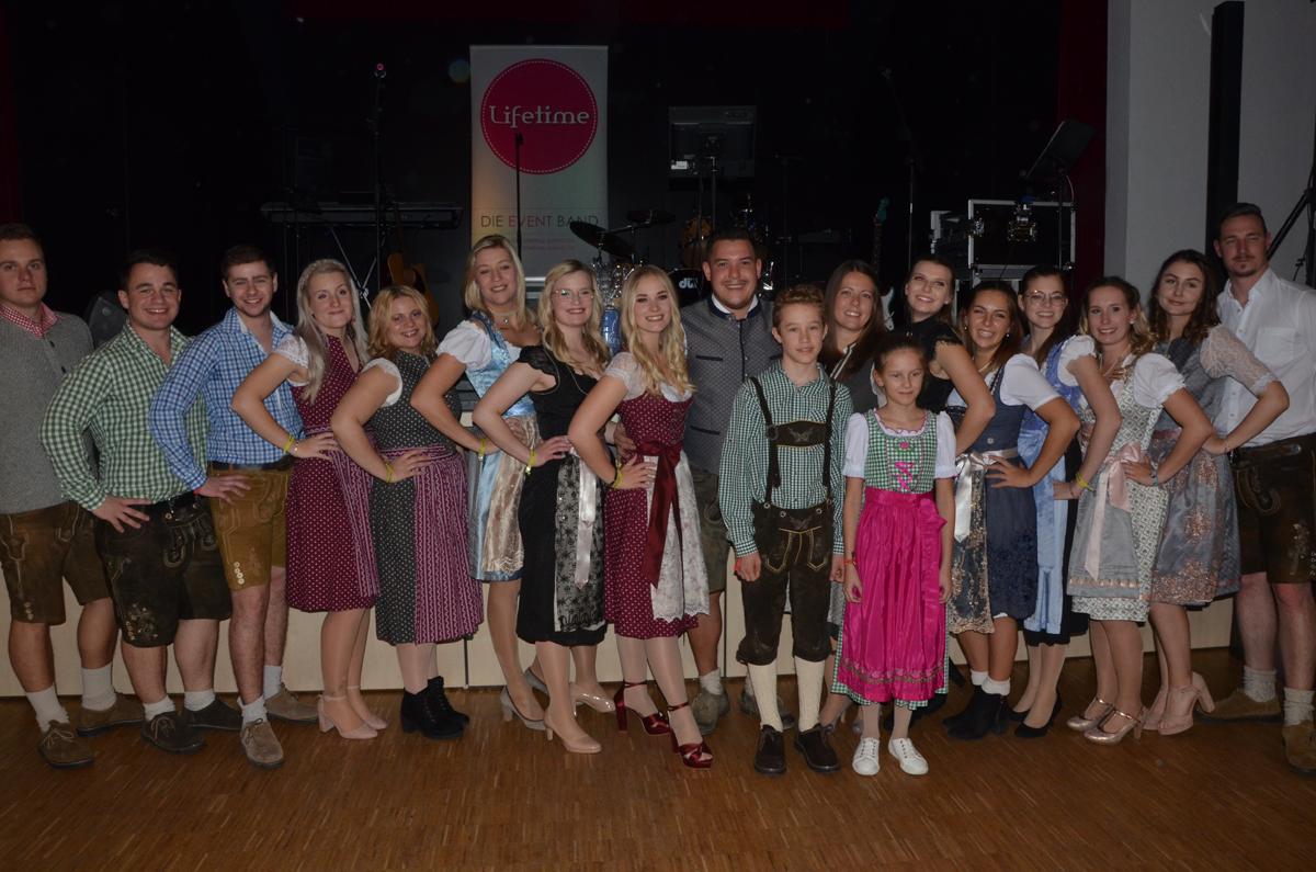 hallbergmoos-mooskurier-22-2019-weinfest18