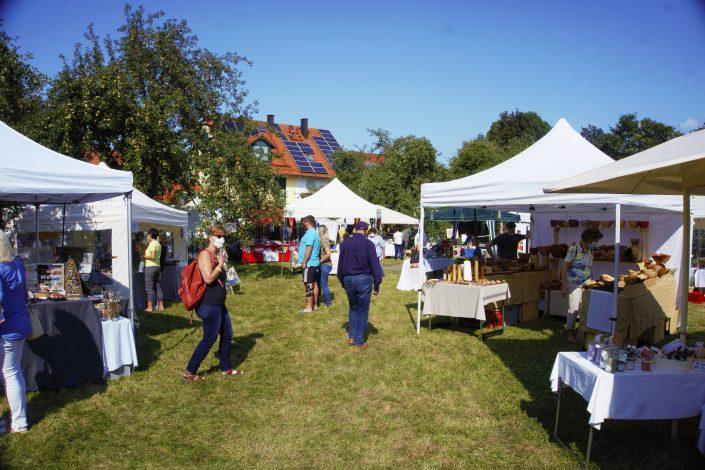 MK-Hallbergmoos-Kunsthandwerkermarkt-1-2020