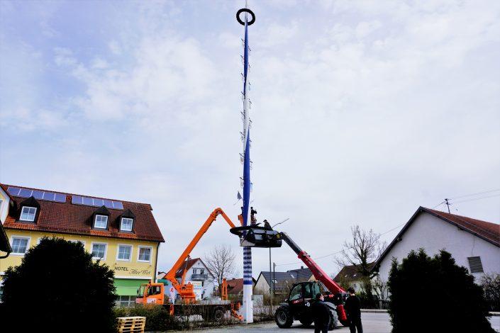 mk-hallbergmoos-maibaum-umgelegt-2021